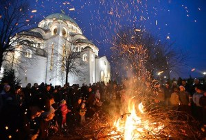 Christmas Eve in front of the Sveti Sava church