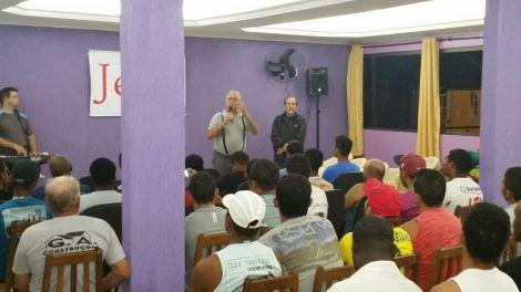 Dias 05 a 10abril15, Evangelismo em alojamentos, MRV, Macaé (9)