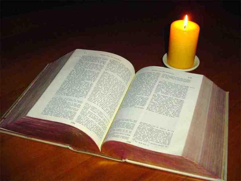 Bible-bougie