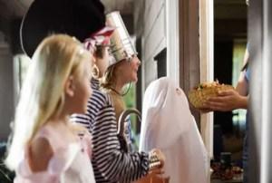Pedir dulces parece ser un acto de inocencia, pero te lleva a adorar a dioses ajenos