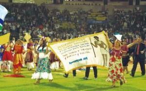 Se realizó un desfile con artes escénicas junto a los líderes cristianos que asistieron al evento /PVDO