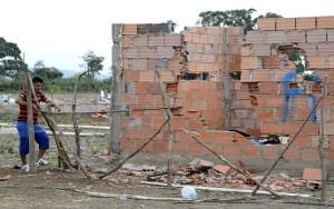 Casa demolida en el sector de la invasión en San Antonio del Táchira / EFE