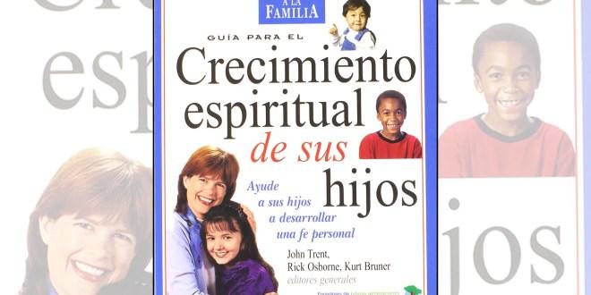 Vele por el crecimiento espiritual de sus hijos