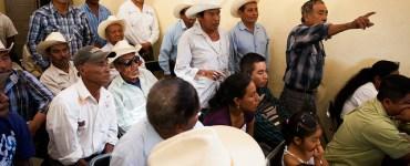 Reunión en Cuautitlán sobre policía comunitaria en la Sierra de Manantlán