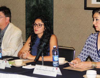 Bernardo Ríos de Acción Social Climática; Gabriela Niño, de Cemda, y Magdalena Ruiz Mejía, de Semadet. Foto: Semadet