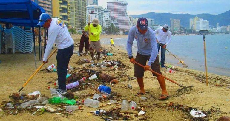 Basura en playas de Acapulco. Foto: Diario Tribuna de Acapulco