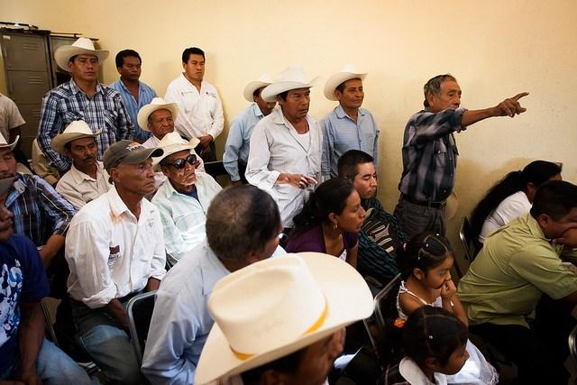 Indígenas de Manantlán Ayotitlán. Foto: Marte Merlos