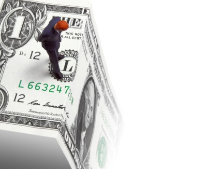 "Brinksmanship or Statesmanship: The Looming Fight at the Edge of the ""Fiscal Cliff"""