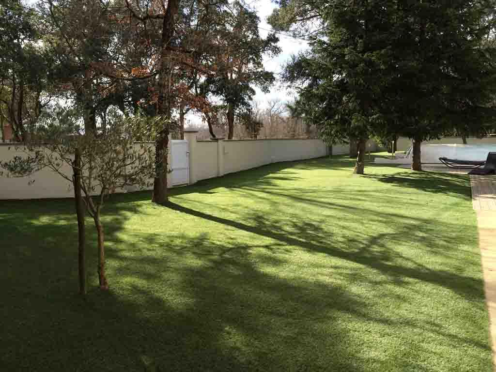 Grande surface en pelouse synthétique Verébo - Bordeaux