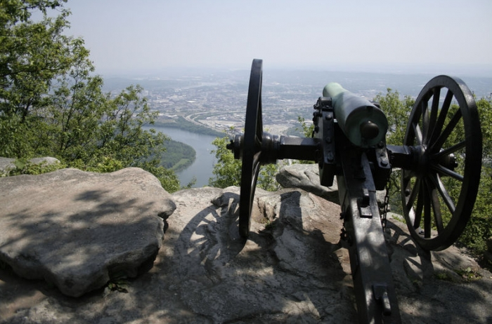 Lookout-Mountain-Parkway-in-Tennessee.-©-creative-commons