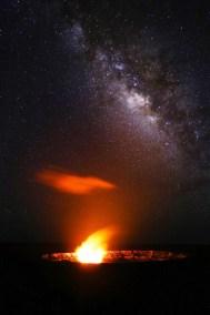 Melkweg boven vulkaankrater,Hawaii