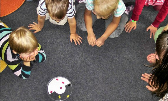 Kindergarten_Kinder_spielen