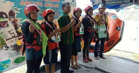 Keren, Tim Arung Jeram Putri Gempita Raih Dua Emas dan Satu Perunggu Porkot 2018