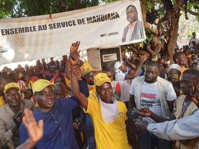 Diakaria Koulibaly accueilli par une foule en liesse