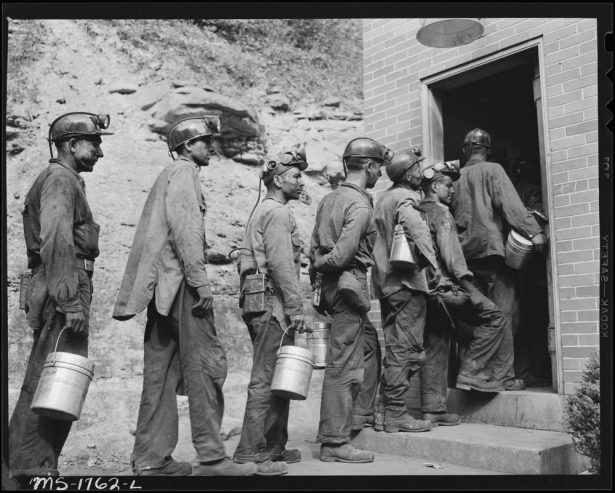 Miners_checking_in_at_the_lamp_house_at_completion_of_morning_shift._Koppers_Coal_Division,_Kopperston_Mines..._-_NARA_-_540920