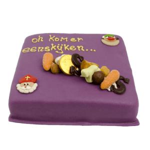 Sinterklaas marsepein taart paars