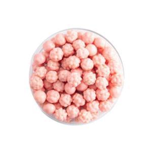 Crispy aardbeienballetjes decoratie