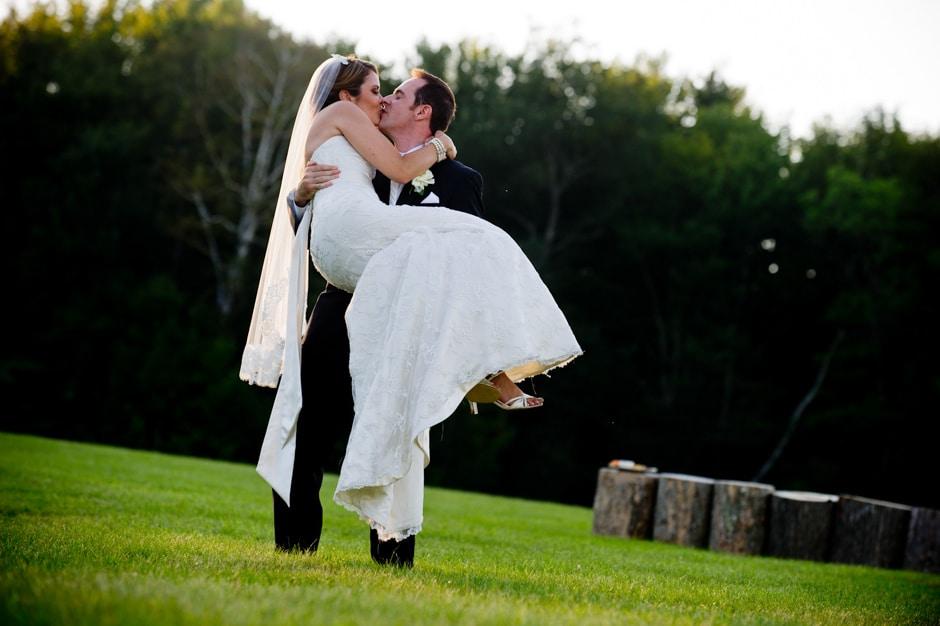 vermont-wedding-photographers-duback-photography-mountain-top-inn-027