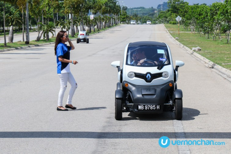 Renault Twizy and Maya Karin