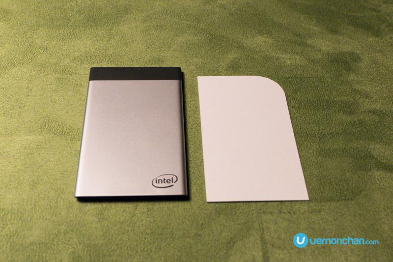 CES2017 Intel Compute Card