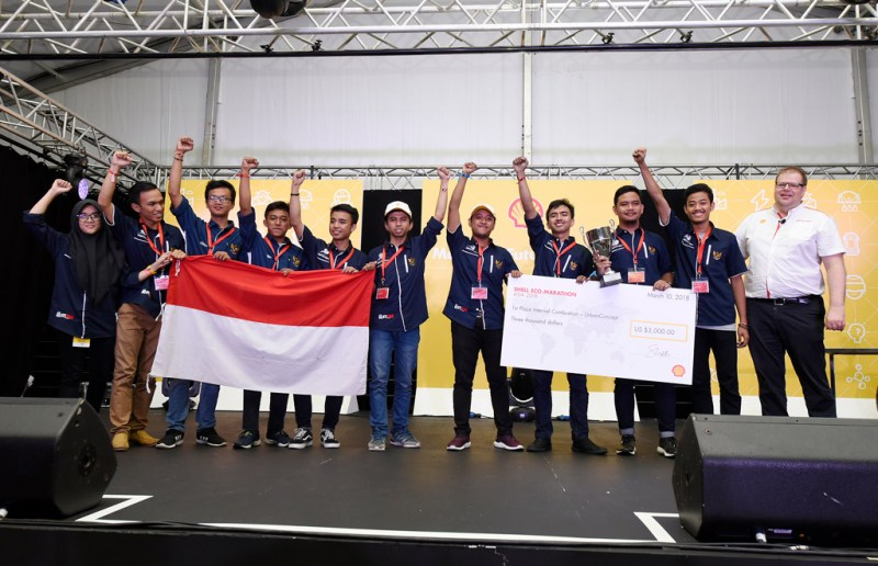 Team ITS Team 2, #502, from Institut Teknologi Sepuluh Nopember, Indonesia, competing under the UrbanConcept – Gasoline category | Edwin Koo/AP Images for Shell