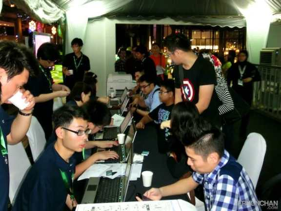 Maxis iPhone 5 Launch 1