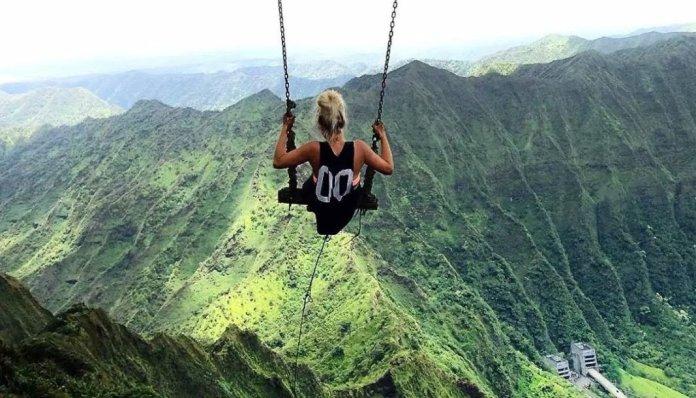 Trekking hawaii