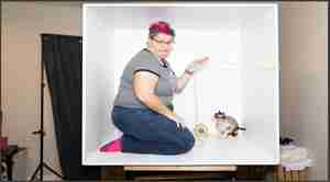 non-skewed image of a woman in a box