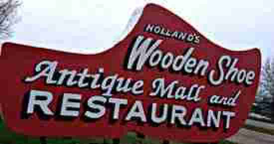 Exterior view of the Wooden Shoe, a great place for breakfast in Holland