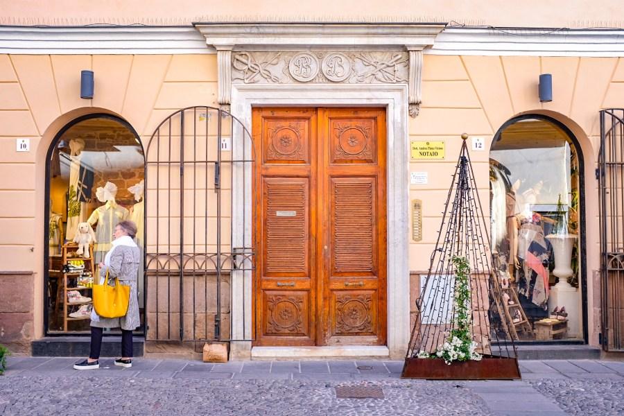 old_town_alghero_italy_sardinia