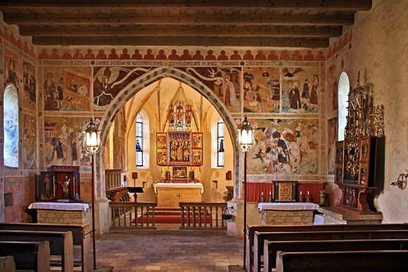 streichenkirche-innenansicht-595f9b6f-42d5-413b-abee-71565686021e