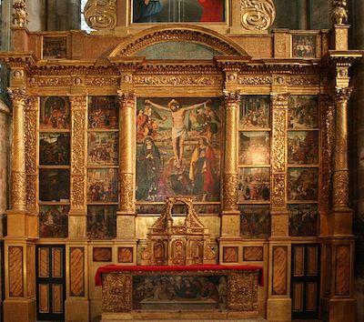 Basilique-Saint-Maximin-rétable-crucifixion