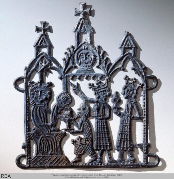 Pilgerzeichen mit den Heiligen Drei Königen, gegossen, Zinn & Blei, Köln, 1301/1400 (Köln, Museum Schnütgen, J 109, rba_c014668).