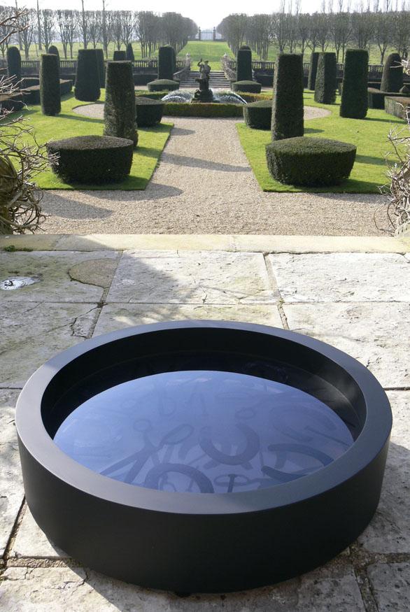 Black Hole, Veronica Wilton