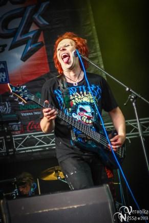 Waltari_Masters-Of-Rock-2013_34