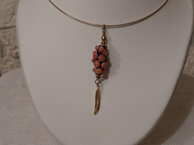 perle de verre de murano orange faite au chalumeau