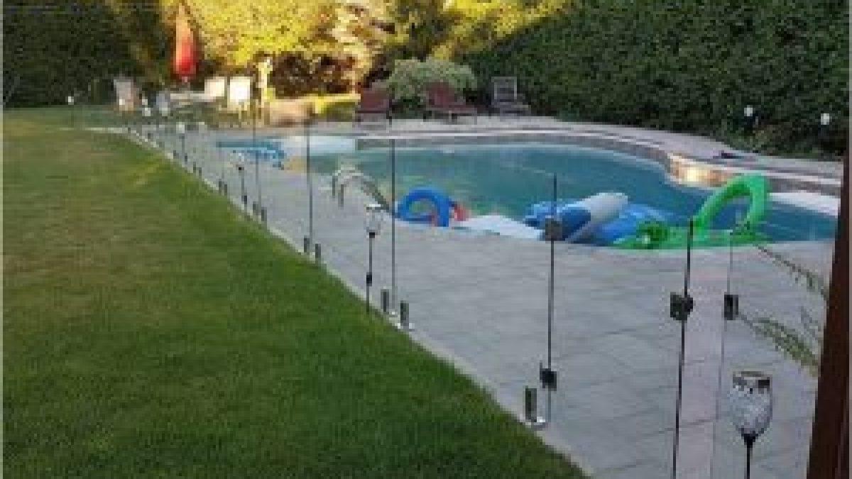 de piscine en verre trempe securit