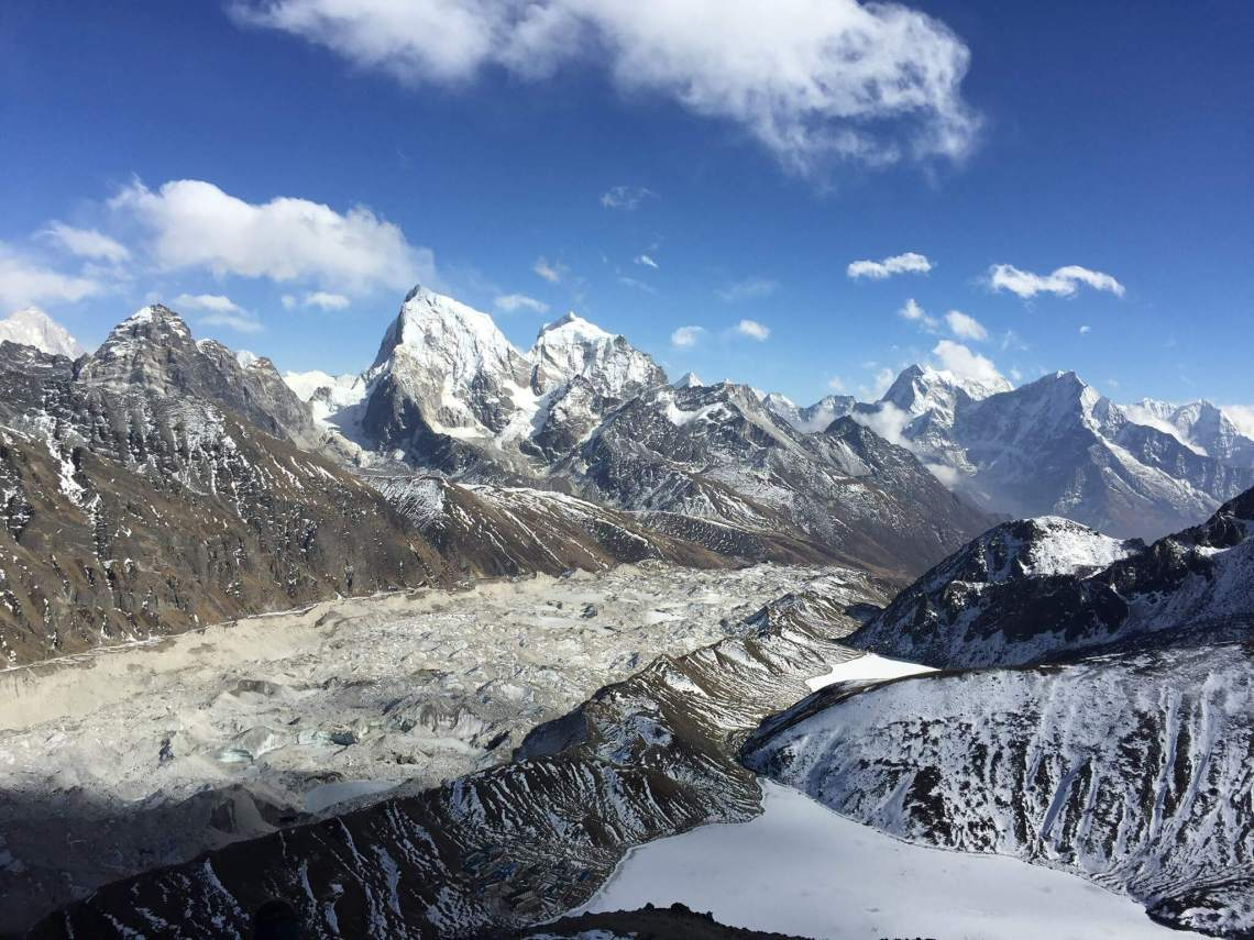 Photo de Gokyo Ri par Marina Maillé pour son article Topo 5 destinations à voir en Asie