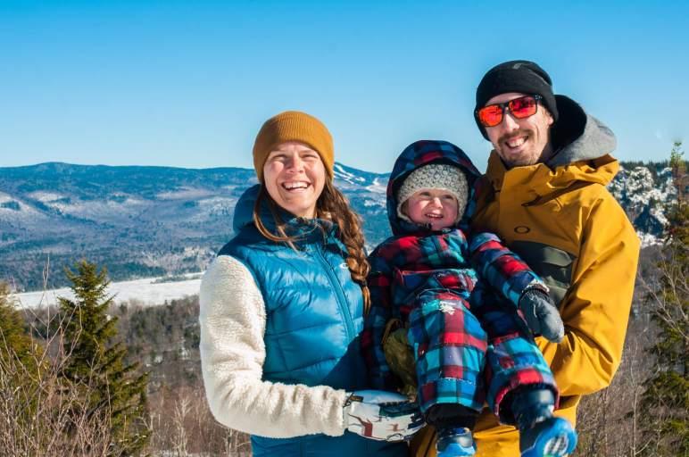 Photo de Andréa et sa famille pour notre article Famille et plein air, oui c'est possible en collaboration avec Ti-Mousse