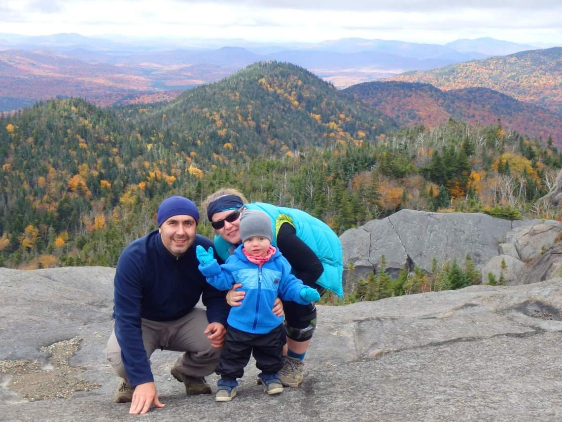 Photo de Suzie et sa famille pour notre article Famille et plein air, oui c'est possible en collaboration avec Ti-Mousse