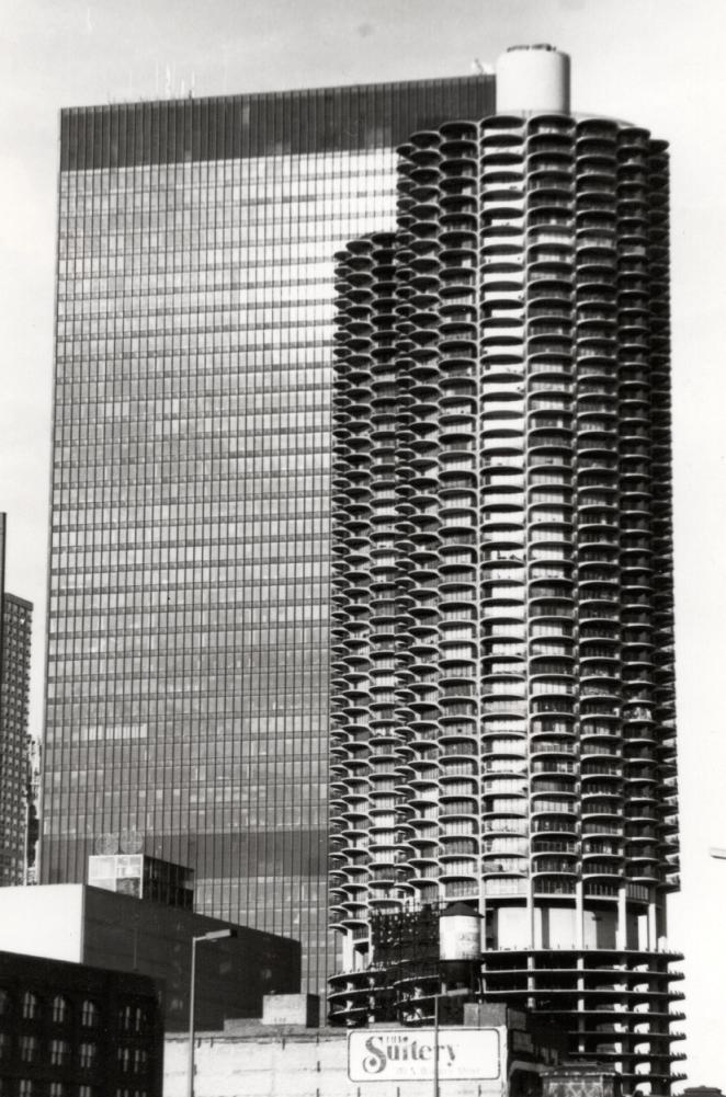 Marina-Towers-1981