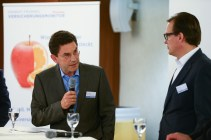 Gregor Köhler, Nordeuropa-Chef von Berkshire Hathaway, Specialty Insurance und Bernd Knof, operativer Chef von Aon Deutschland