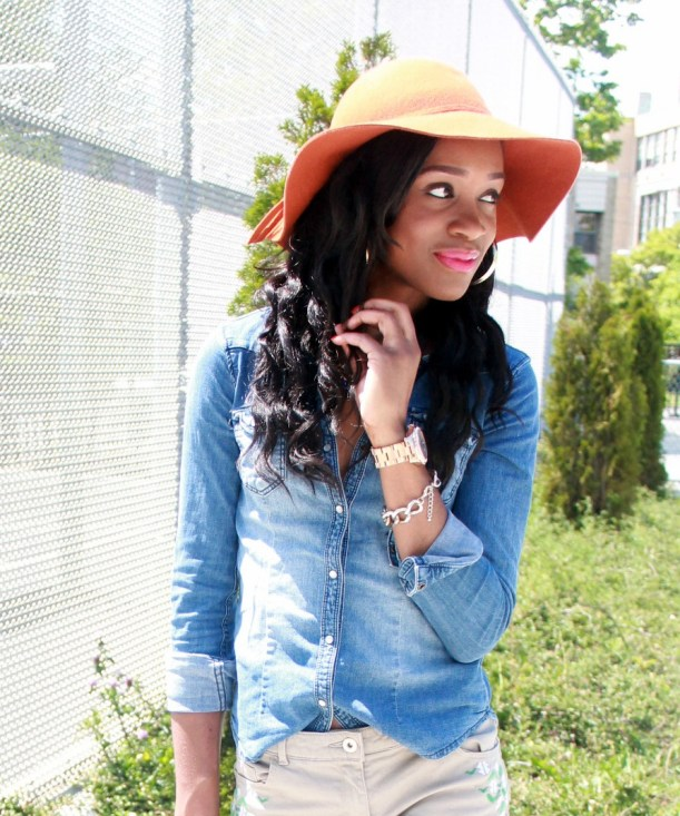 Chambray top + bow suede flats (1)