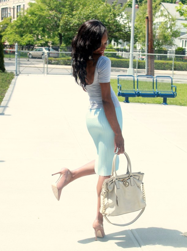 Pastel blue pleated skirt + gray open back top  (4)