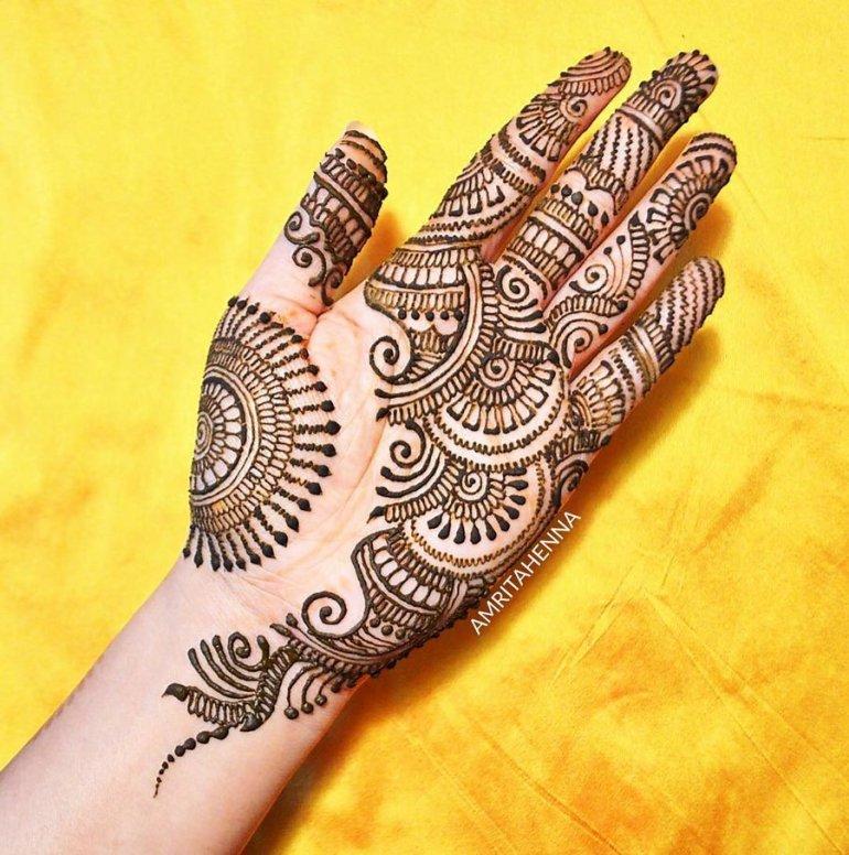 easy simple mehndi design for left hand front side