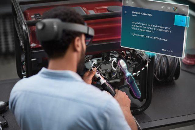 Microsoft-HoloLens2-1