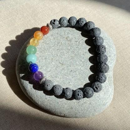 Bracelet 7 chakras et pierres de lave