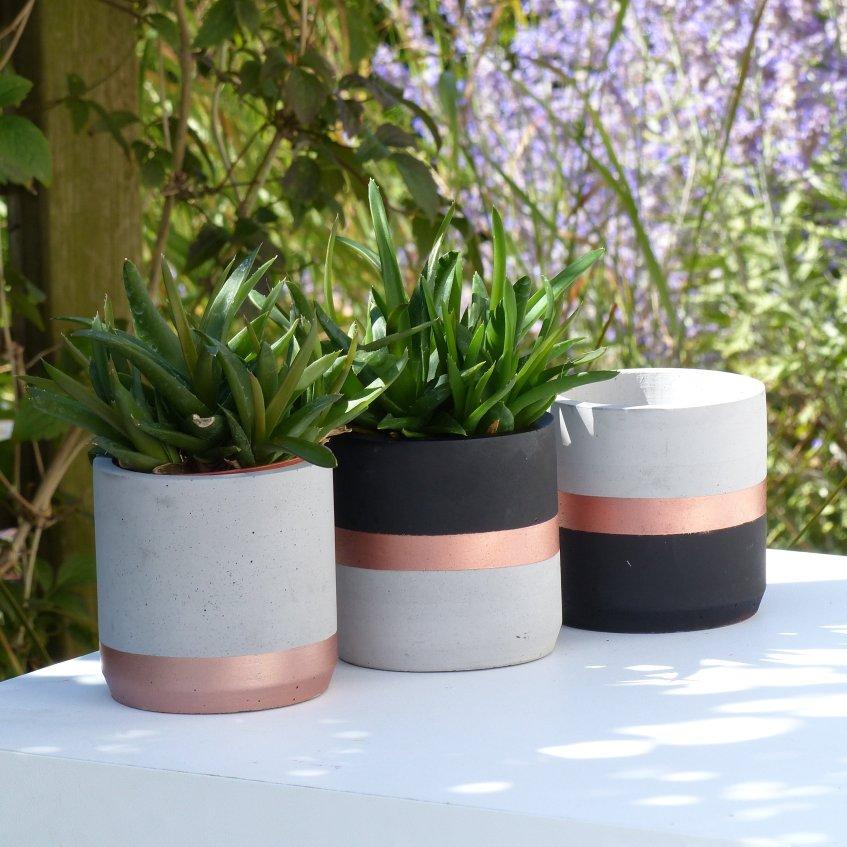 cache pot tricolore