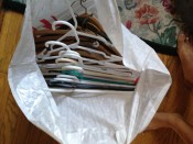 Bag of hangers (10) DONATE