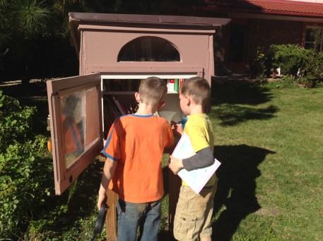 A neighborhood lending library